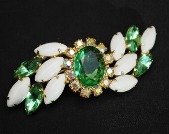 Green and White Milk Glass Brooch