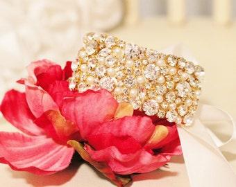 New! Gold Pronged Rhinestone And Pearl Encrusted Bridal Cuff