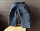 Blythe Doll Outfit /  1/6 doll size /  cropped pants/black