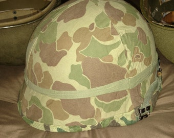 WWII Camo helmet cover with insect net, Vietnam, Marines