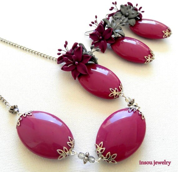 items similar to flower jewelry violet jewelry statement necklace flower dangle earrings. Black Bedroom Furniture Sets. Home Design Ideas