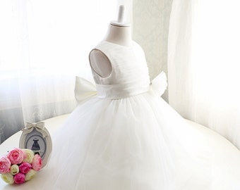Ivory Flower Girl Dress, Baby Girl Dress for Birthday Party, Newborn Tutu,Flower Girl Dress Ivory,PD069-1