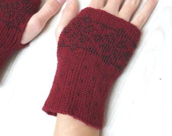 Knit beaded wrist arm warmers cuff bracelets Fingerless mittens wool gloves burgundy red beaded merino wool bordeaux Czech seed beads