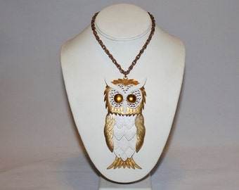 HUGE DISCOUNT 35% OFF 1970s Huge Moveable White and Gold Owl Pendant Necklace