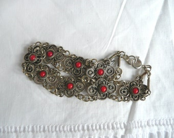 Vintage filigree bracelet - silver filigree bracelet - silver metal filigree bracelet - faux coral filigree bracelet - mid century filigree