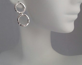 Infinity Earrings, Circle Earrings, Hoop Earrings, Silver earrings, Gift for her