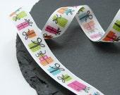 Present Gift Pattern Ribbon 15mm