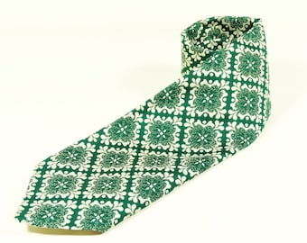 Superba 70s Green and White Tie - Polyester 1970s Hipster Dandy Necktie