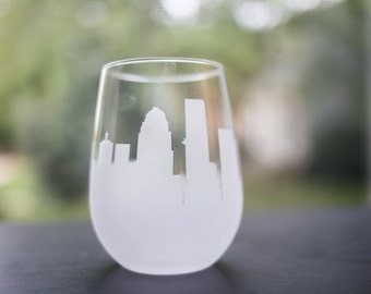 Etched Louisville, Kentucky Skyline Silhouette Wine Glasses or Stemless Wine Glasses