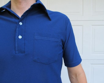 1970s mens polyester navy blue short-sleeved polo shirt, L