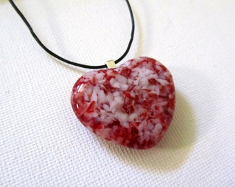 Valentine Heart Necklace - Red White Heart Pendant Necklace - Fused Glass Heart - Heart jewelry - Valentine necklace - Mothers necklace