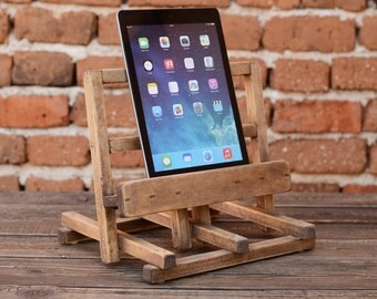 Wooden iPad Stand, iPad Docking Station, Wood iPad Holder, Men Gift, iPad Ständer, iPad Station, Charging Station, Woodworking, Woodcraft