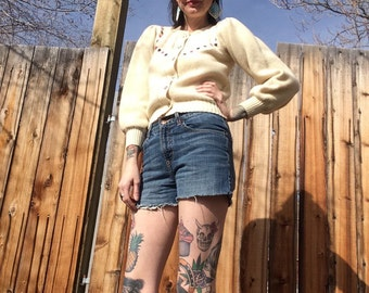 Vintage Cardigan // Cream Sweater // Womans Cardigan