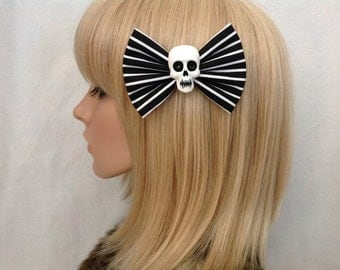 Black and white striped skull hair bow clip rockabilly psychobilly gothic Lolita rock punk pin up girl stripe skeleton fabric girls women