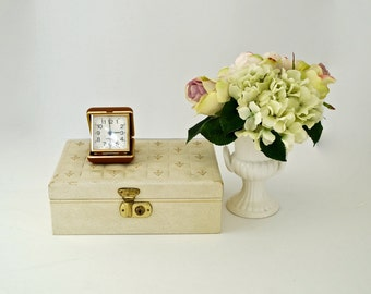 Lockable Jewelry Box//Almond Jewelry Chest with Brass Lock and Red Velvet Lining