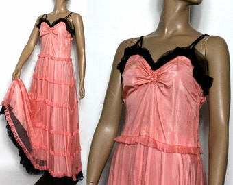 Vintage Late 1930s 1940s Gown// Bias Cut Formal//Netting//Taffetta Lined// Steampunk//Old Hollywood Gown//