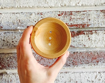 40% Off.... ROUND SOAP DISH {Fits our round facial shampoo bars perfectly}