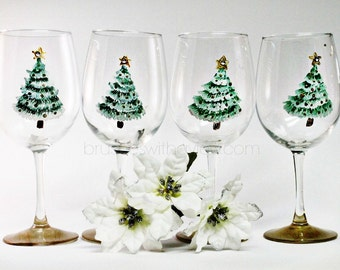 Christmas Wine Glasses ,Set of 4, Hand Painted Christmas Glasses, Christmas table, Hostess Gifts, Christmas Party