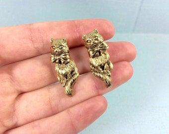 vintage Avon cat earrings - kitty earrings