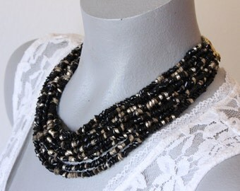 Vintage Multi Strand Black and Gold Plastic Bead Necklace (retro 50s 60s adjustable chunky statement small choker)