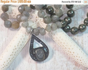 ON SALE Boho Chic Druzy, Labradorite and Pyrite Mosaid Drop Pemdant Gemstone Beads Necklace Boheamian Beachy Glass
