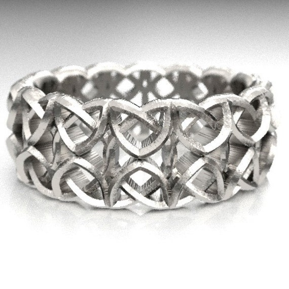 Celtic Wedding Ring With Encircled Dara Knotwork Design in Sterling Silver, Made in Your Size CR-648
