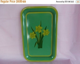 sale Vintage Metal  Green And Yellow Daffodil Tray