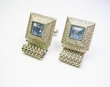 VINTAGE CUFFLINKS / silver tone Mesh Wrap / blue Rhinesstone / Groom Best Man / Men Wedding Jewelry / Formal Wear / Cuff Links