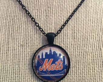 "22"" New York Mets MLB Glass Pendant Necklace"