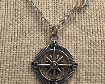 """20"""" Silver Compass Necklace"""