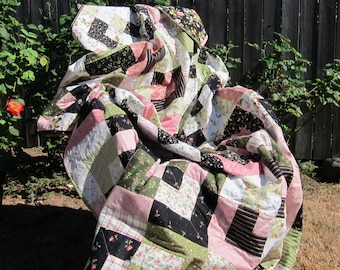 Pink, Green, Black, and White Floral Box Twin-Size Quilt