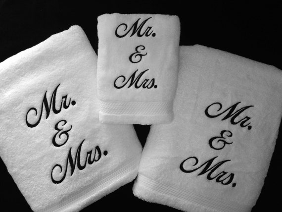Mr and mrs bath towel set custom embroidered personalized for Mr and mrs spa