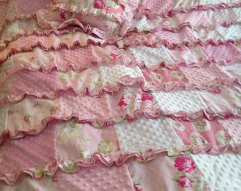 ruffled quilt duvet and matching pillow set