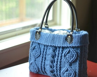 """Crochet Pattern: """"Totally Textured"""" Cabled Bag"""