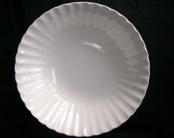 J G Meakin Classic White Vegetable Bowl 8 1/2""