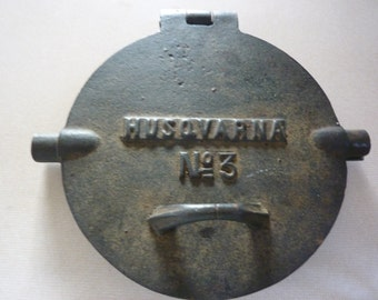 Vintage Husqvarna Cast Iron Waffle/Crepe/Cookie Maker<>No.3