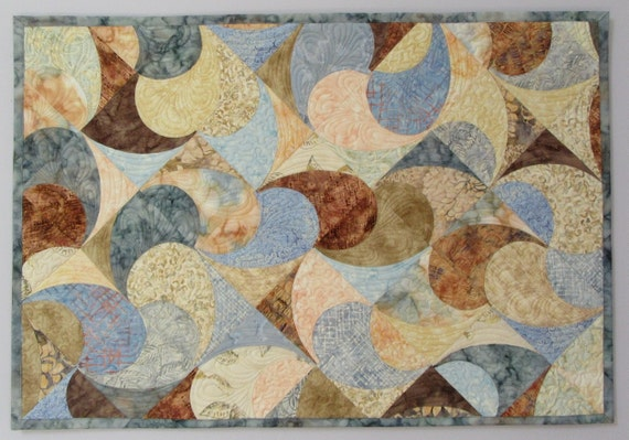 Art Quilt Pastel Curves, Quilted Wall Hanging