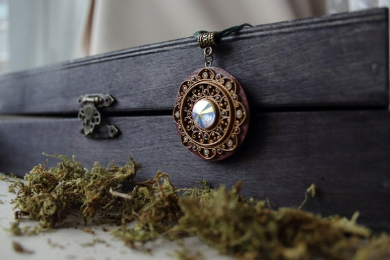 Ethnic Swarovski pendant, indian pendant, ethnic jewelry, tibetan jewelry