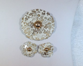 White and Gold Metal Flower Brooch and Earrings