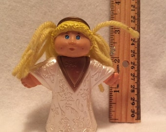Cabbage Patch Kids Christmas - 2 figurines - angel and skater