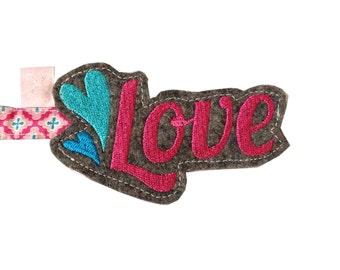 Key fob Love pink