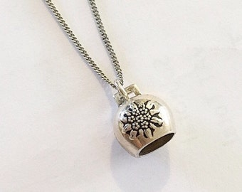Sweetest vintage miniature sterling silver flower bell pendant on a sterling silver chain