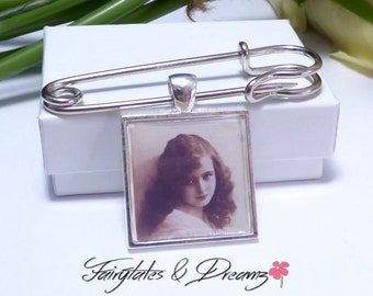 Square Boutonniere Photo Charm - Grooms Buttonhole - Memorial Charm for Groom - 25mm Photo- Lapel Photo Charm