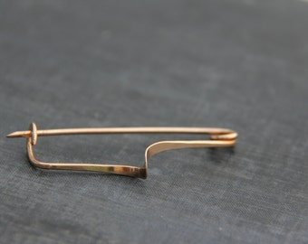Minimalist, modern Shawl pin, scarf pin, sweater pin, brooch in bronze or German silver, metal work, hammered, simple, line, gold tone