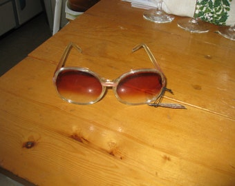 Vtg hippie/ Sunglasses Rose lens oversized New Tagged  70sLucite  Pink an clear Foster Grant awesome vtg Free ship boho hippie sunglassess