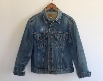 Trashed Levi's Big E Jean Jacket/ 1960s Denim Jacket/ Trucker Type 3 Jacket/ Women's Size Medium/ Men's Size Small