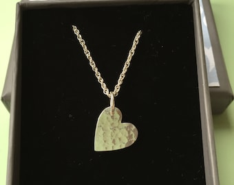Hammered silver heart pendant necklace