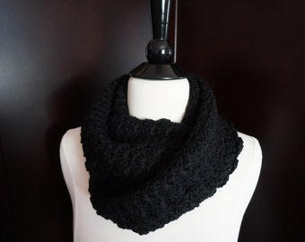 Snappy Infinity Scarf, Black
