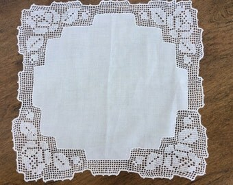 """Vintage table topper doily, 13 1/2"""" square"""