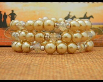 Beige Glass Pearls and Cloudy Sea Opal Glass Crystals Memory Wire Bracelet.
